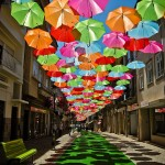 floating-umbrellas-installation-agueda-portugal-10