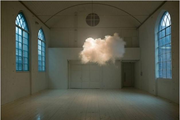 berndnaut-cloud-room