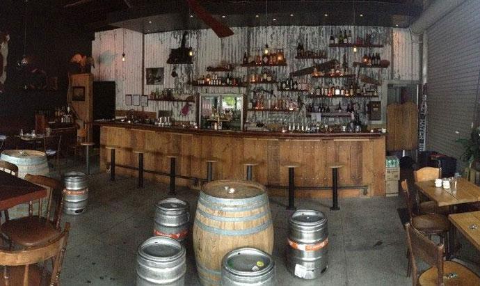 Sweetwater Inn - Aussie Pub branding